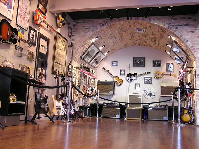 Photo:Redbone Cavern Club Showroom By Howdy, I'm H. Michael Karshis