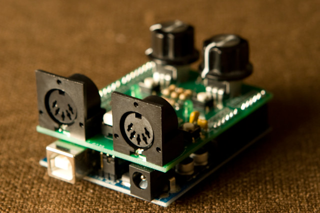 Experiments with Bluetooth low energy / shaduzLABS