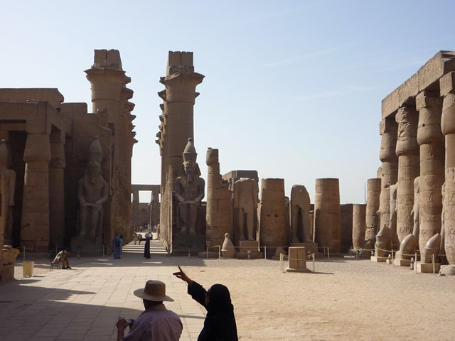 LUXOR (THEBES), EGYPT - Luxor temple - the court of Ramses II/ ЛУКСОР (ФИВЫ), ЕГИПЕТ - Луксорский Храм