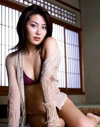 画像 : 篠山紀信でも話題!矢吹春奈の画像集 - NAVER ...
