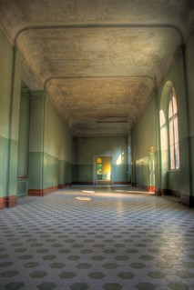 _ Bathhouse_Hall_HDR