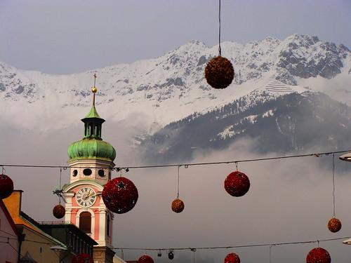 christmas mountains alps austria europa europe cities belltower campanile explore natale alpi tyrol innsbruck citta monti tirolo abigfave photoexplore holidays2008 vacanze2008 explorewinnersoftheworld