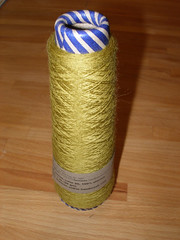 textile(1.0), yellow(1.0), twine(1.0), thread(1.0), rope(1.0),