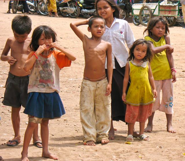 Cambodia kids :(
