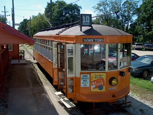 Preserved Milwaukee city streetcar from 1924. by Eddie from Chicago