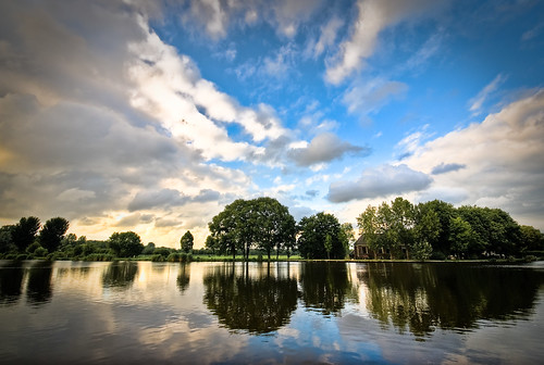 world blue sky tree green water amsterdam clouds reflections river landscape farm thenetherlands 1020mm 888 amstel amstelveen abigfave aplusphoto 080808 flickr888