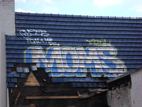graffiti johnson service center moms