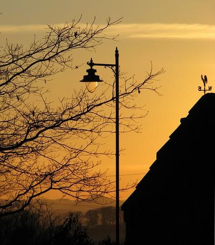 winter sunset church lamp graveyard yellow scotland weathervane dumfries galloway drumlanrig thornhill durisdeer carronbridge