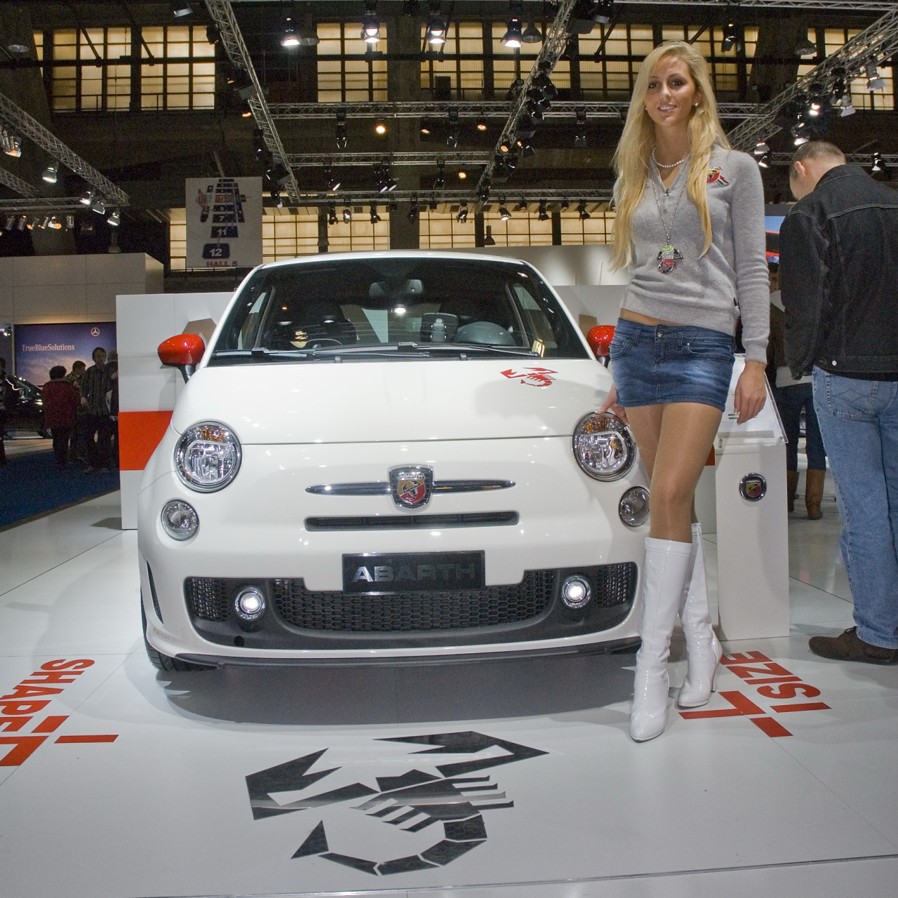 Fiat 500 Abarth Girl 2 A Photo On Flickriver