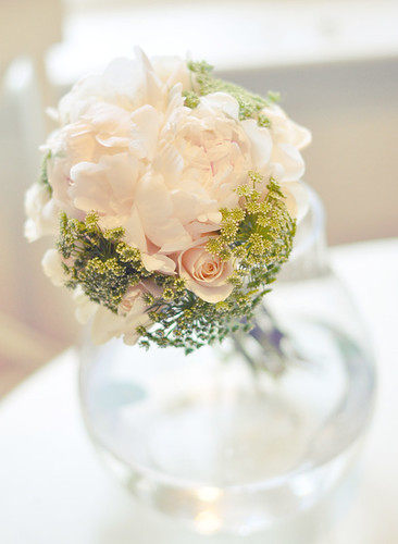 DIY White and green wedding bouquet