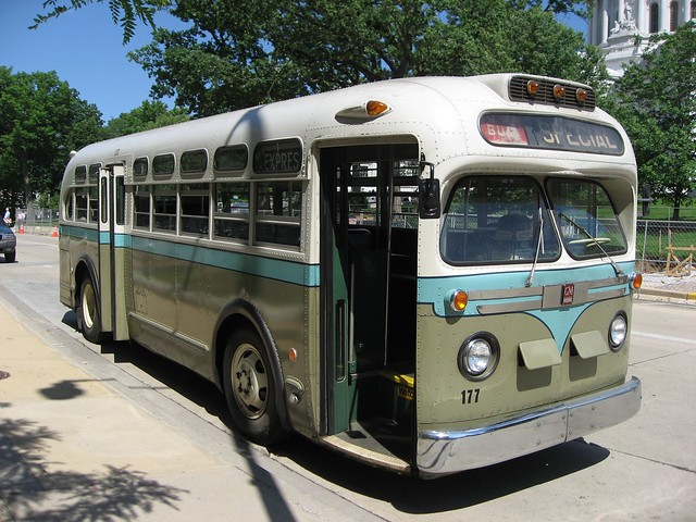 Vintage bus flickr photo sharing for Gmc motor city service