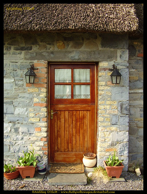 Mary anne 39 s cottage door flickr photo sharing for Cottage back door