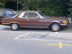 mercedes-benz w126(0.0), full-size car(0.0), mercedes-benz 450sel 6.9(0.0), automobile(1.0), automotive exterior(1.0), executive car(1.0), vehicle(1.0), mercedes-benz r107 and c107(1.0), compact car(1.0), sedan(1.0), classic car(1.0), land vehicle(1.0), luxury vehicle(1.0),