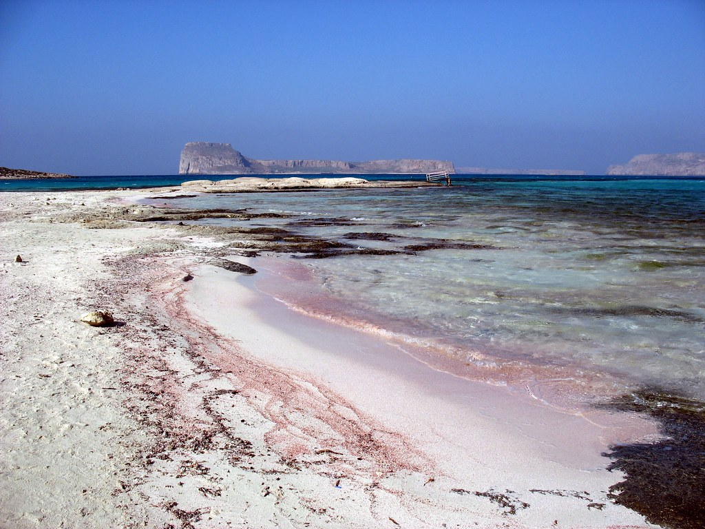 PInkish and normal sand