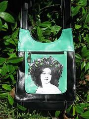Saharet Purse, front by pennylrichardsca (now at ipernity)