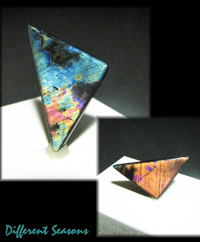 triangle spectrolite 20 carats