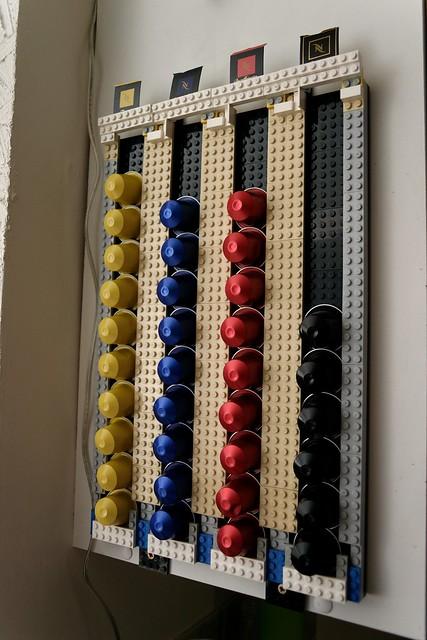 Lego porte capsule flickr photo sharing - Distributeur capsule nespresso design ...