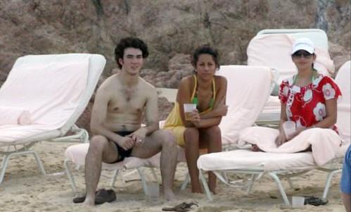 Naked Kevin Jonas 68