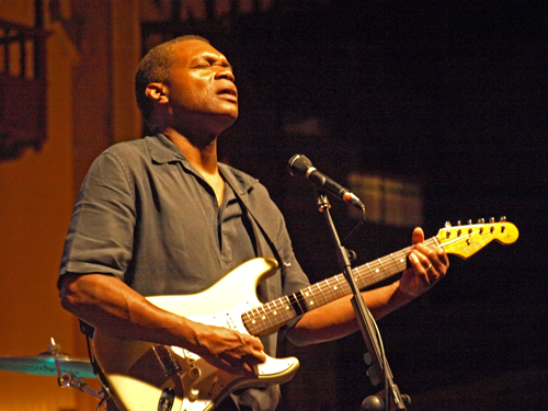 Robert Cray plays Tenerife