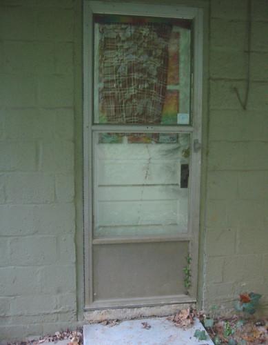 20071010 doors for work 140 4006 our back kitchen door for Home depot back doors