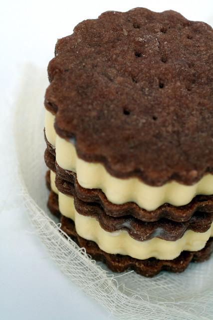 lemon verbena and white chocolate ice cream sandwiches | Flickr ...
