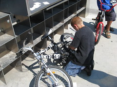 tire, mountain bike, bicycle motocross, wheel, vehicle, bmx bike, freestyle bmx, sports equipment, cycle sport, cycling, bicycle,