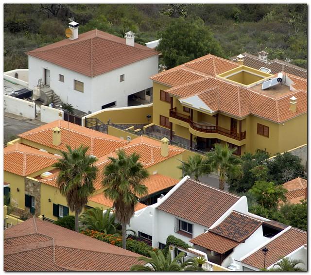 El sauzal construcciones modernas recreando el tipismo for Construcciones modernas