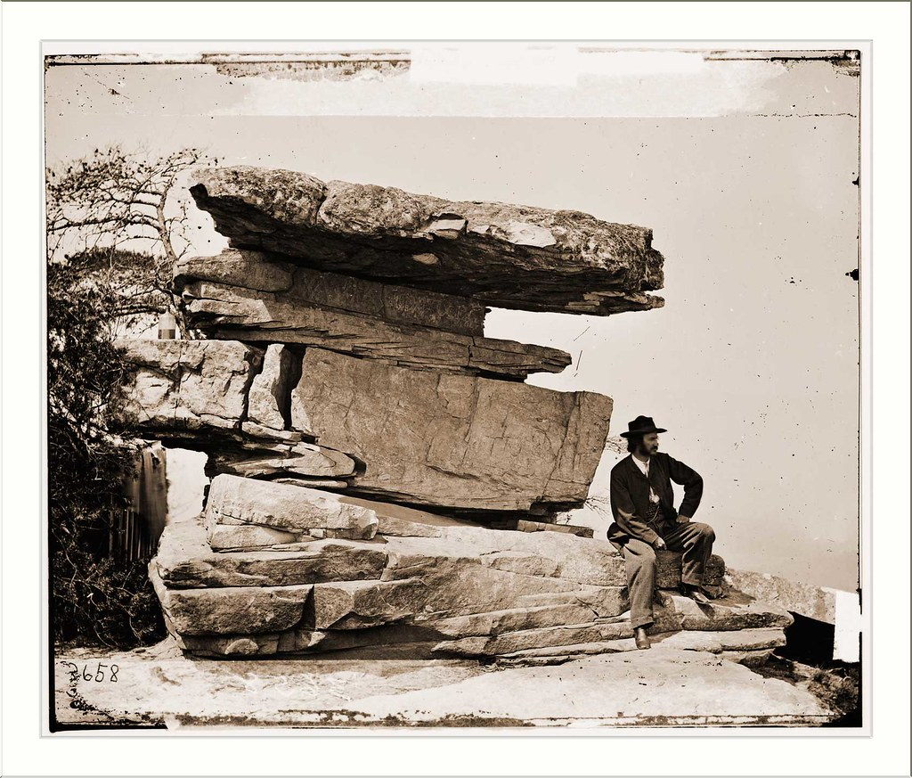 Chattanooga Tennessee (vicinity). View of Umbrella Rock Lookout Mountain Date: c. 1864