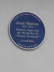 Photo of Anne Shelton blue plaque