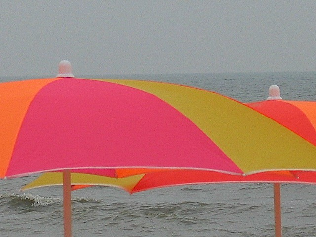 Beach Umbrella - By Tommy Bahama - Compare Prices, Reviews and Buy