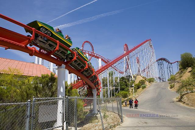 Viper   Six Flags Magic Mountain   By: ezeiza   Flickr ...