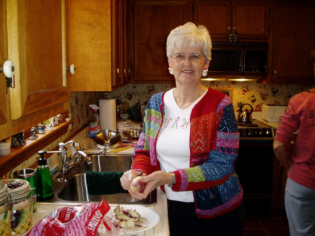 imgsc  Mom, Gertie Carroll