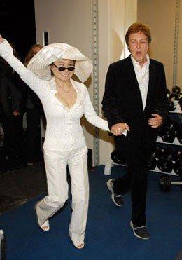 The Beatles Polska: Yoko Ono wdzięczna Paulowi McCartneyowi