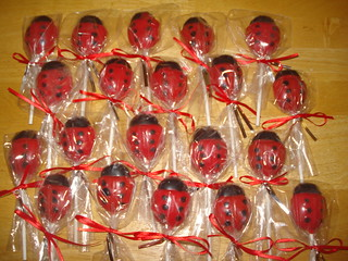 lady bug chocolate lollipops