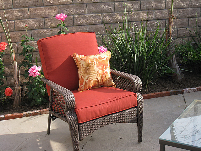 patio furniture lounge chair faux wicker rust cushions
