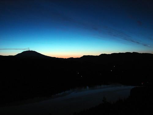 sunrise volcano mtsthelens lakemerwin
