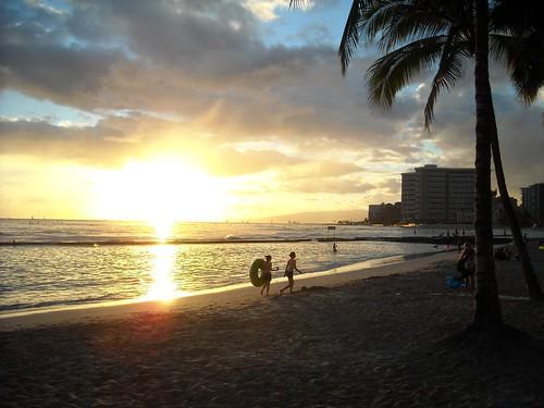 Waikiki Sunset by jdnx