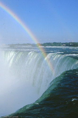 Niagara Falls_1986_July_024 by Brin d'Acier