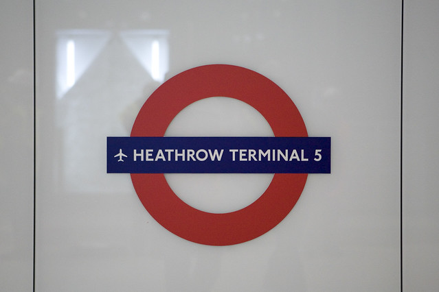 Heathrow Terminal 5 - Piccadilly Line