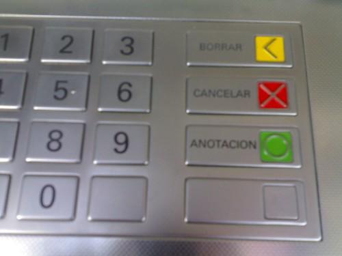 Interfaz de los cajeros autom ticos sin tener en cuenta a for Como cobrar en un cajero automatico