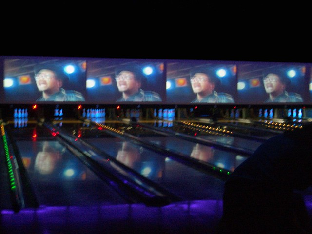 bowling alley in chelsea piers