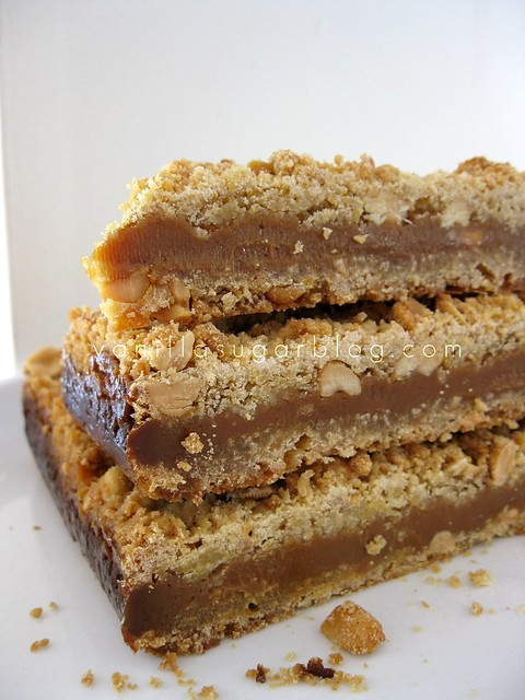 salty caramel-peanut bars