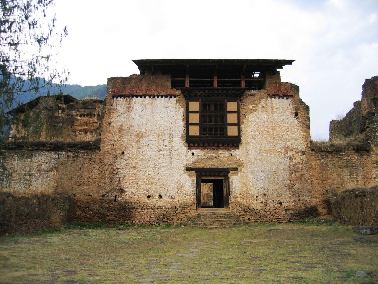 Entryway, Drugyel Dzong