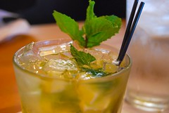 caipiroska, mojito, distilled beverage, liqueur, mint julep, drink, cocktail, caipirinha, mai tai, alcoholic beverage,
