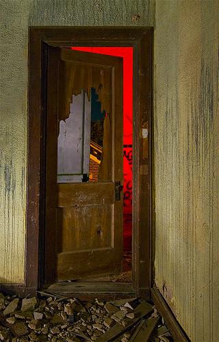 abandoned home night circle ruins texas sherman retirement woodmens