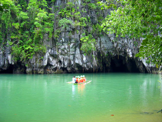 Tourists approaching the cave of Palawan's amazing Subterranean River system