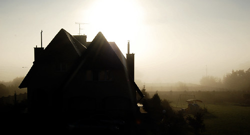 morning roof light shadow sun house mist building home fog architecture sunrise garden shadows country warsaw portfolio nikkor manor warszawa fogged zegrze mazowsze mazowieckie masovia 1855mmf3556gii