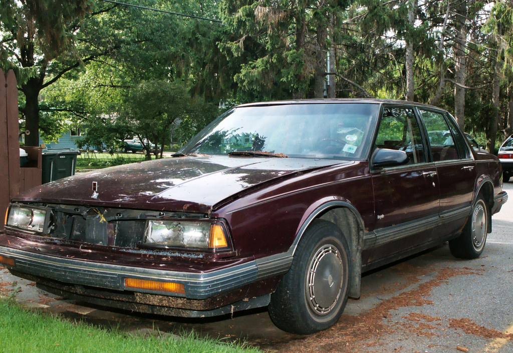 Junk Cars & Broken Vehicle for Sale - salvage-parts.com