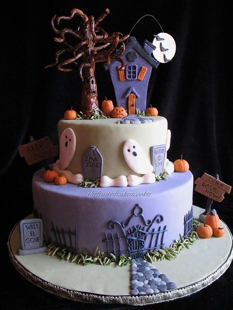 Haunted Halloween Cake Halloween Cake 6 On Explore 10