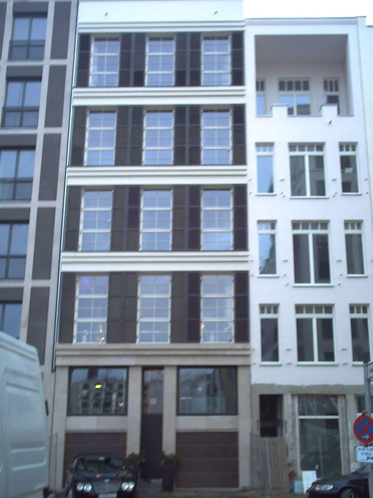 aktuelle eindr cke vom schlossplatz umgebung galerie berlin architectura pro homine. Black Bedroom Furniture Sets. Home Design Ideas